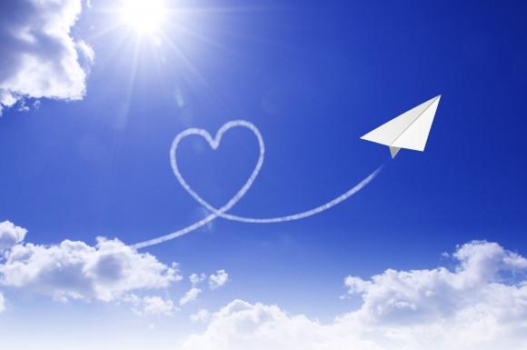 ハートの飛行機雲